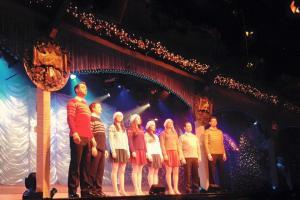 Anna Cooper Thursford Christmas Spectacular 2